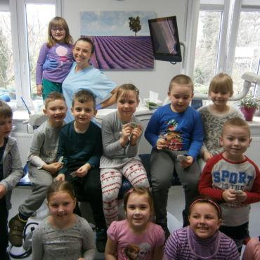 Wizyta dzieci w Klinice Zubar